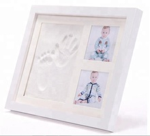 Newborn insert Wooden Baby 12 Month Photo Frame Effect Charming Baby Frame Handprint And Footprint Picture Frame Kit