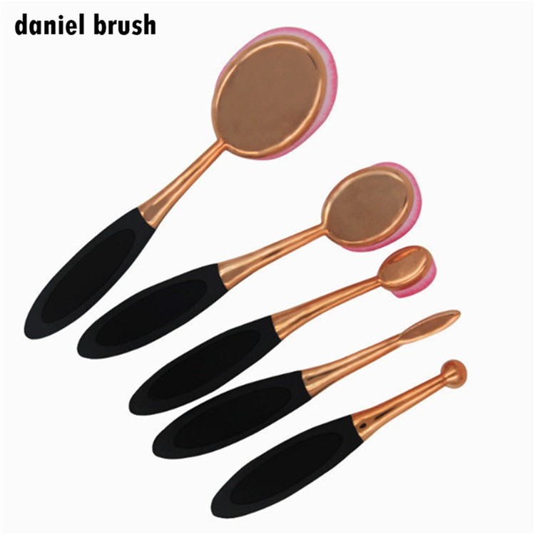 pink color hair brush tools Cosmetic Makeup Face Powder Blusher Toothbrush Curve Foundation Brush, Oval Makeup Brush Beaut