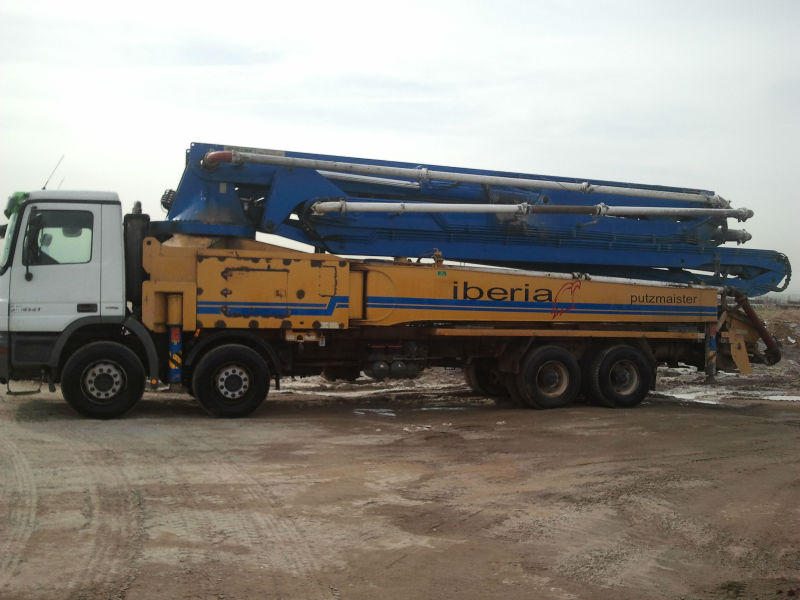 KCP 52m Truck mounted boompump
