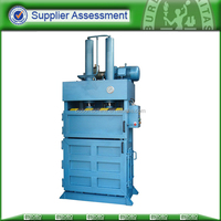 hydraulic vertical clothes baler