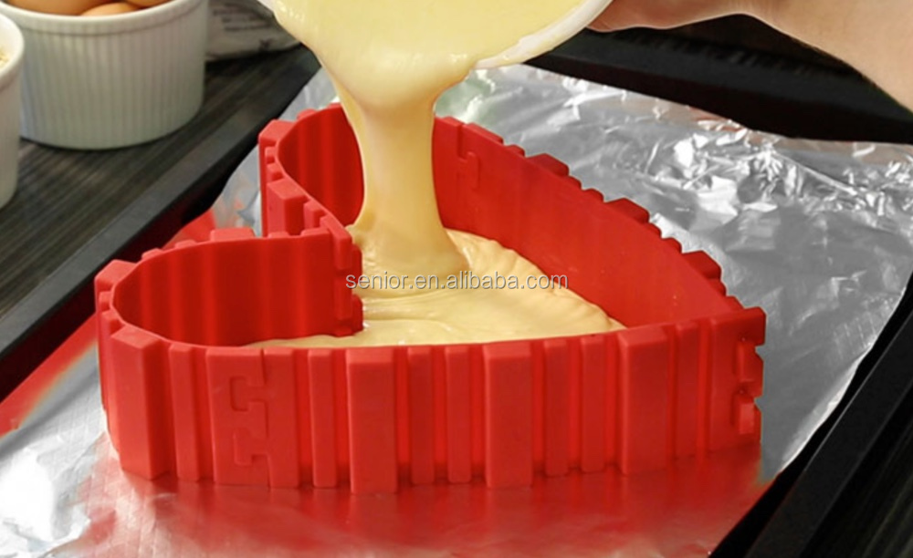 Silicone 4pcs/set As seen on TV bakeware Cake Mould Baking Mould Heart Bakeware Kitchen Tool Magic Bake Snakes