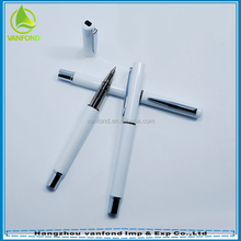 New white barrel plastic pen with cap