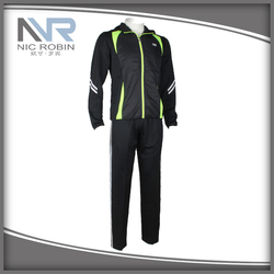 China Manufacturer Man Sports Wear Clothing With OEM ODM Service