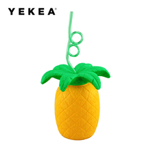 Hot Plastic Pineapple Shaped Cup With Straw