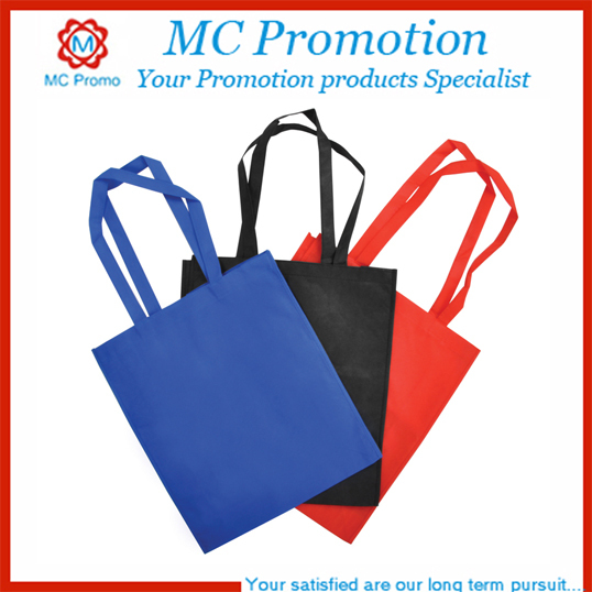 Handled non-woven tote bags for shopping
