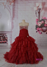 Attractive beading sweetheart red organza custom size bridal gown