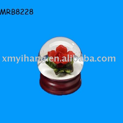 Red rose flower decorated resin Water Globe
