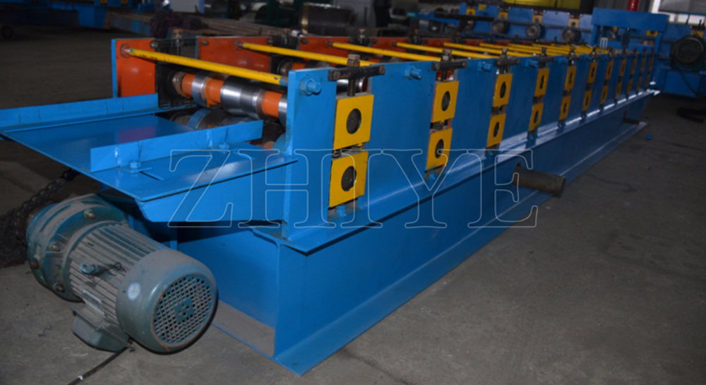 CE Standard Steel Ridge Cap Roll Forming Machine and Coloured Steel Ridge Cap Roll Forming Machine