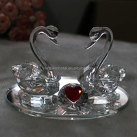 Beautiful crystal swan for wedding gift