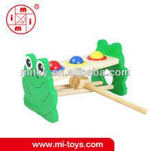 Wooden frog design hammer baby toy from BSCI maker
