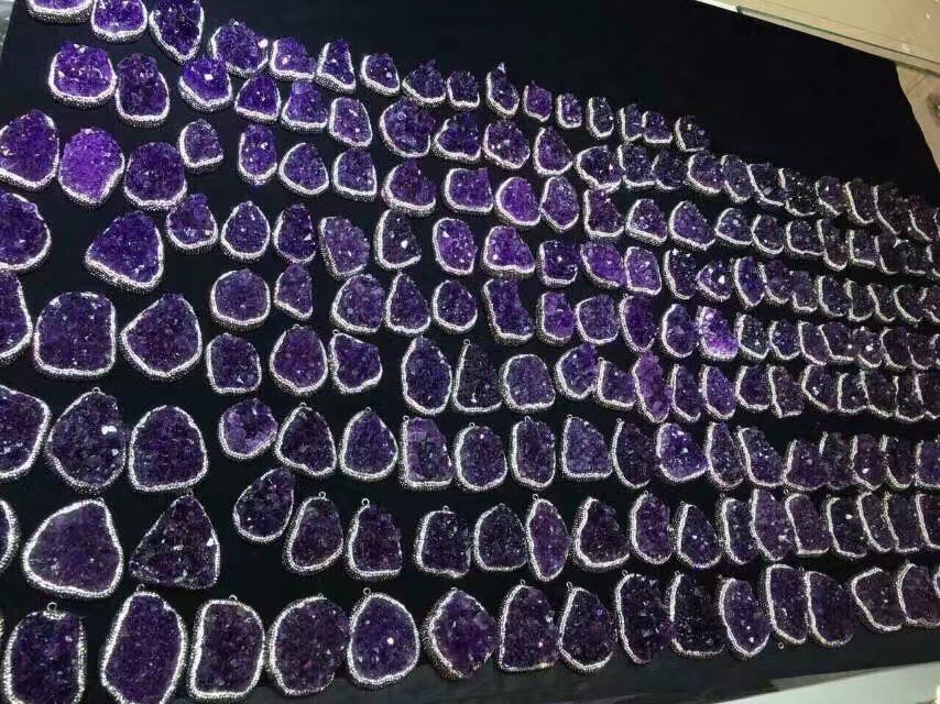 Natural Uruguay amethyst geode pieces for pendnats,crystal ornaments for gifts