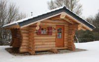 Low cost, beautiful and comfortable prefabricated / wood houses sold in China