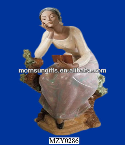 Sweet Lady Thinking Her Lover, Customized Resin Lady Figurine