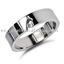 Titanium beautiful ring with Diamond