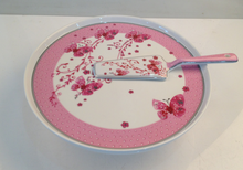 Good quality porcelain cake plate with server