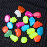 Wholesale Colorful Man-made Resin Pebbles Luminous Stone, Night Light Glow Stones for Garden Decoration
