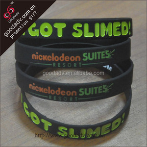 China wholesale cheap custom silicone bracelet/personalized rubber wristband