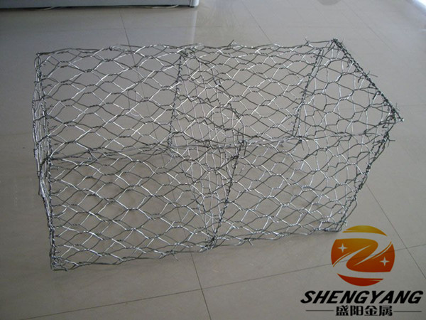 China supplier ASTM A-239 standard river used hot dip galvanized woven hexagonal wire netting baskets stone cages gabion boxes