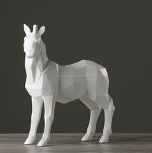 Hot Selling 2018 Trending Custom Resin Crafts horse statue With White Black Home Decor OEM ODM For Project