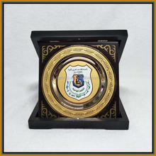 Dubai fengshui wood plaque brass souvenir metal plate
