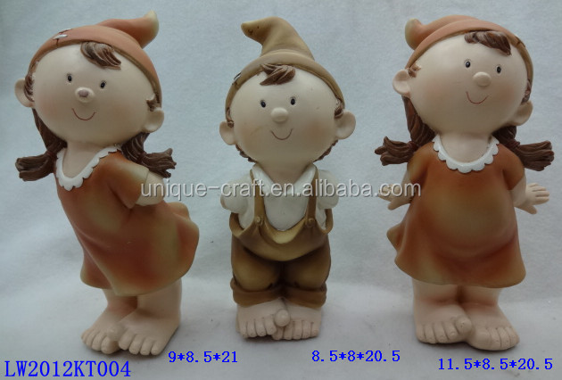 Decorative lovely boy and girl Resin sculpture