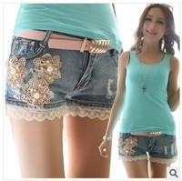 Bursting with good quality lace flower female han edition jeans hot pants pants Han edition female summer shorts to send belt