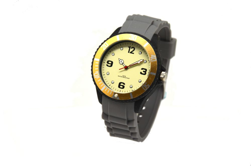 Fashion design custom logo brand silicone strap cool men sport watch