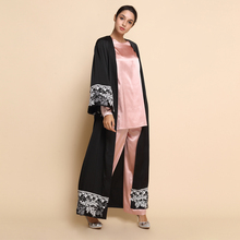 simple dubai black muslim abaya with floral sleeves