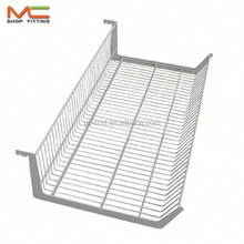Wire hanger basket for gondola shelf