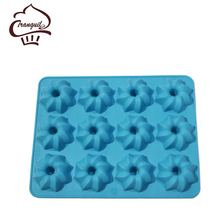 Silicone Mold 12 Holes Different Flowers Ice Chocolate Making Tools Cake Candy Jelly Soap Mold Baking Cake Decorating Tools