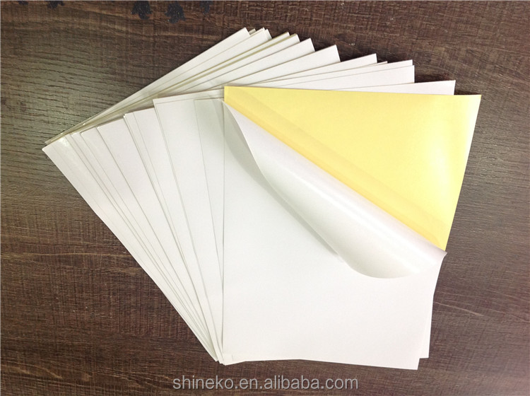 Glossy white self-adhesive label sticker with kraft liner