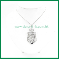 Hollow King Crown Pendant Metal Neckalce