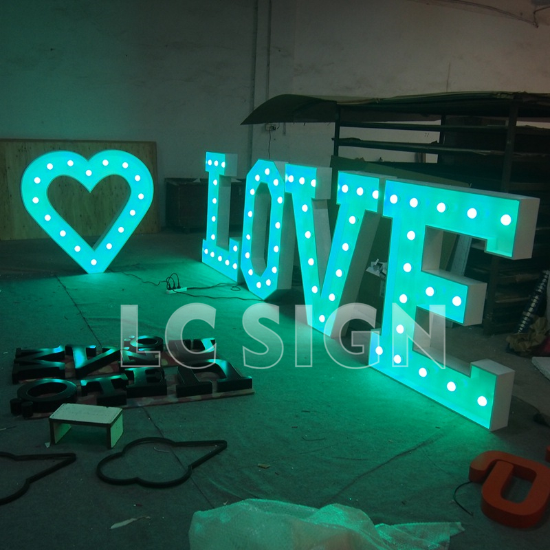 Eyes catching lighting marquee letter signs for wedding