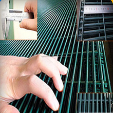 2017 hot sale welded mesh fence, 358 fence panels