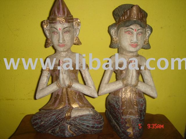 Couple antiq Wooden statue