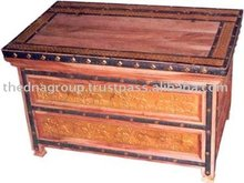 Wooden Antique Living Room Furniture-A