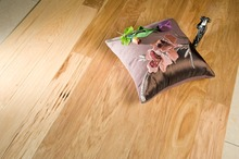 Hickory multi-layer engineered flooring handscrapped natural colour