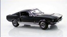 Model Car-GMP 1:24 scale 1967 Ford Mustang Shelby GT500 - Blue with White Stripes