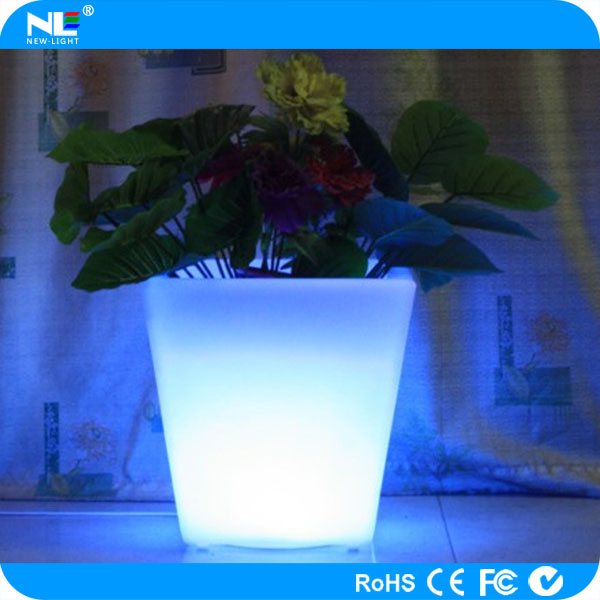 Gleamy remote control LED flowers pot PE plastic waterproof home&outdoor decoration flower vase
