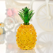 Beautiful golden yellow crystal craft pineapple decoration for wedding table centerpieces