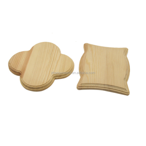 2018 top selling Unique Protect table pine varnish wooden coasters