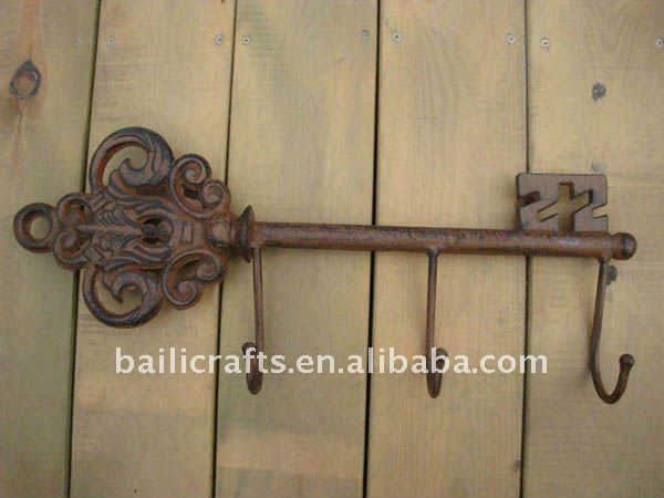 Iron key wall hanger