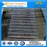 Cleaning square cast iron bbq grill grates wire mesh