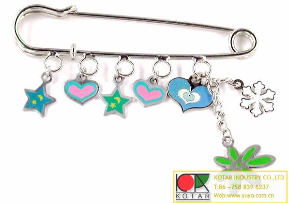 wholesale and retail fashion safety pin with charms