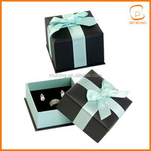 Gift box lid and base for ring and earring