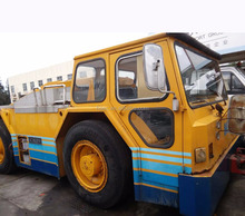 second hand aircraft pushback SCHOPF towing tractor