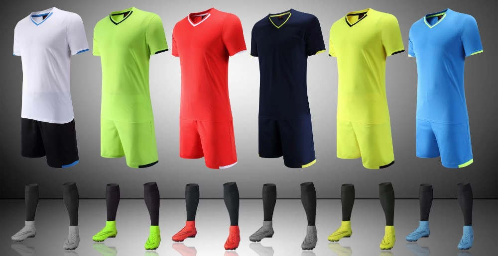OEM latest football jersey designs soccer set