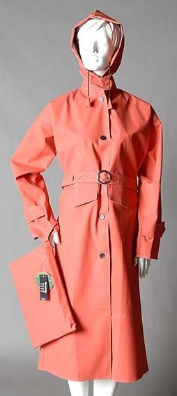 RED COTTON RUBBERISED RAINCOAT WITH HOOD
