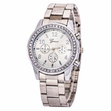 Men Watch Fashion Geneva Stainless Steel Quartz Analog WristWatches Women Metal Dress Watch with Diamond Dial