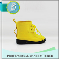 2016 Cute Removable rubber yellow girls rubber rain boots